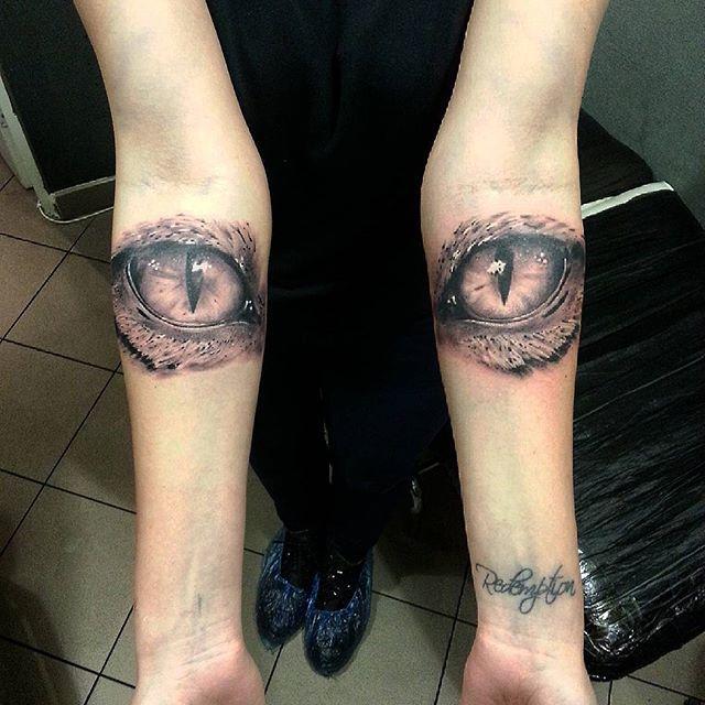 """Художественная татуировка """"Кошачьи глаза"""" от Евгения Ершова"""
