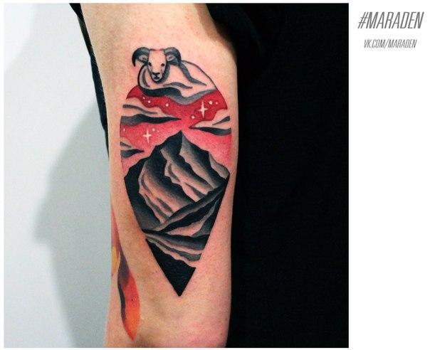 Художественная татуировка «Пейзаж». Мастер — Денис Марахин. Расположение — плечо. Время работы — 2,5 часа. По своему эскизу