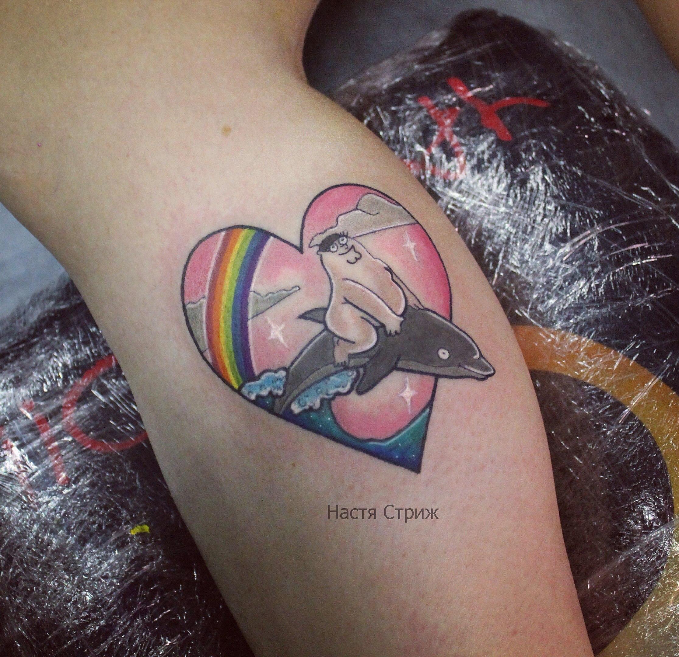 """Художественная татуировка """"Питер Грифин"""". Мастер Настя Стриж."""