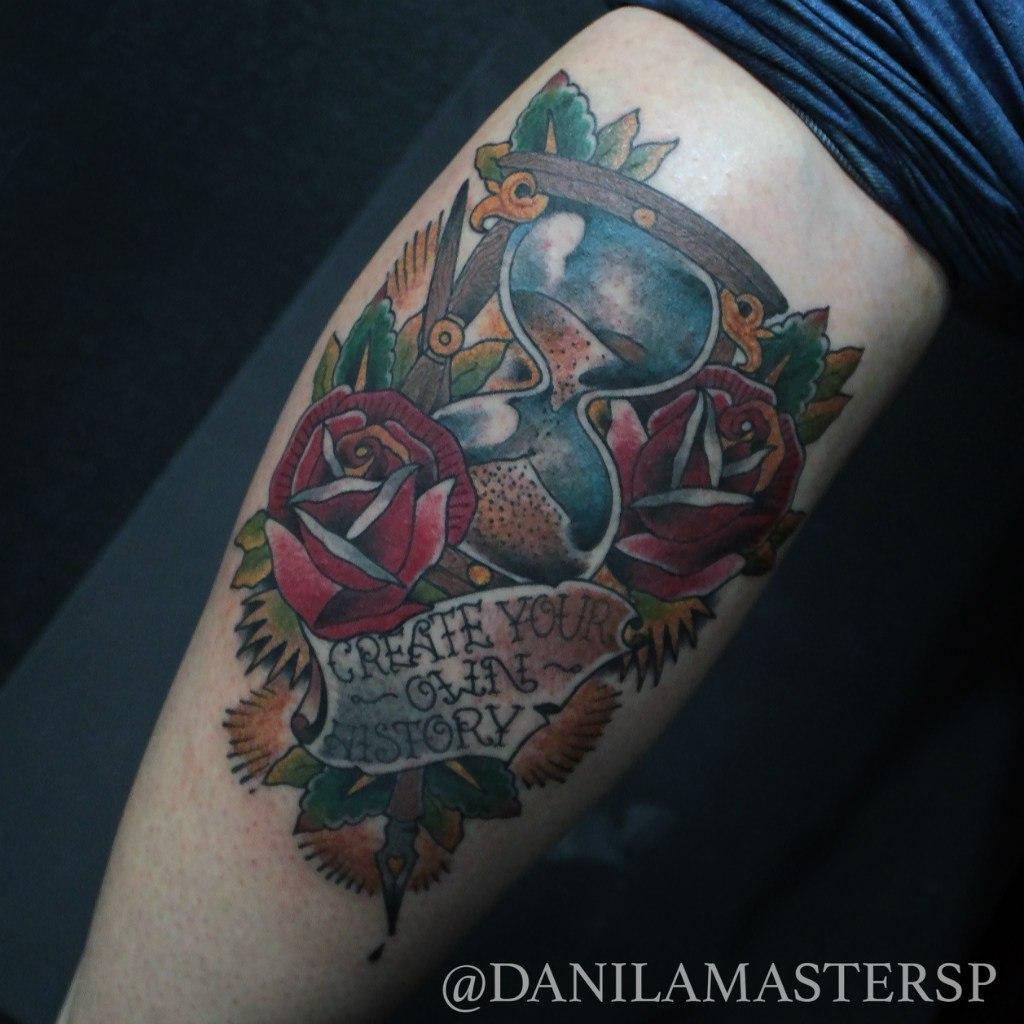 """Художественная татуировка """"Песочные часы"""" от Данилы-Мастера"""