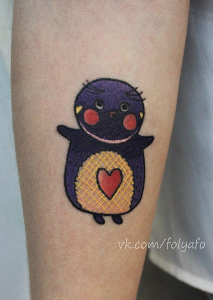 """Художественная татуировка """"Пингвин"""". Мастер Фоля Фо."""