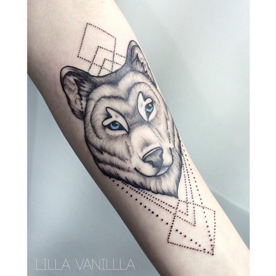 """Художественная татуировка """"Волк"""". Мастер- Лилия"""