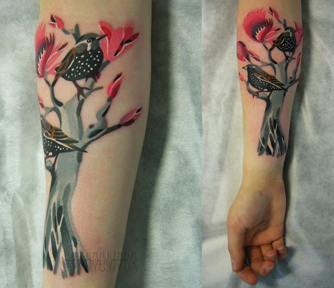 Художественная татуировка «Дерево». Выполнена мастером Сашей Unisex. Расположение: предплечье. Время работы: 4,5 часа.