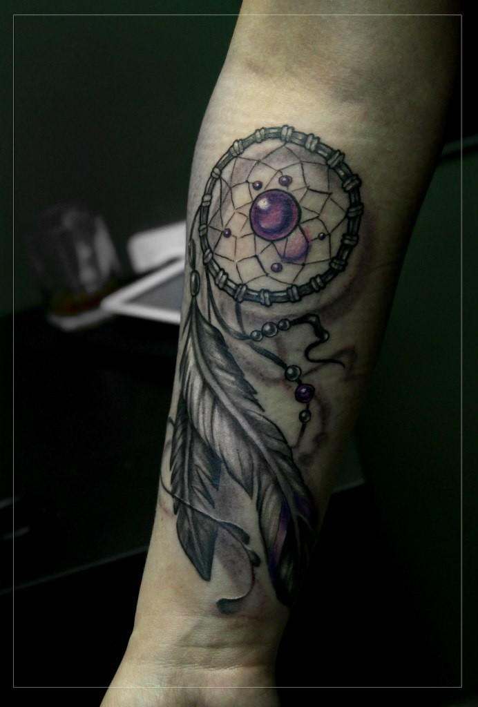 Художественная татуировка «Ловец снов». Мастер Мария Скляр.