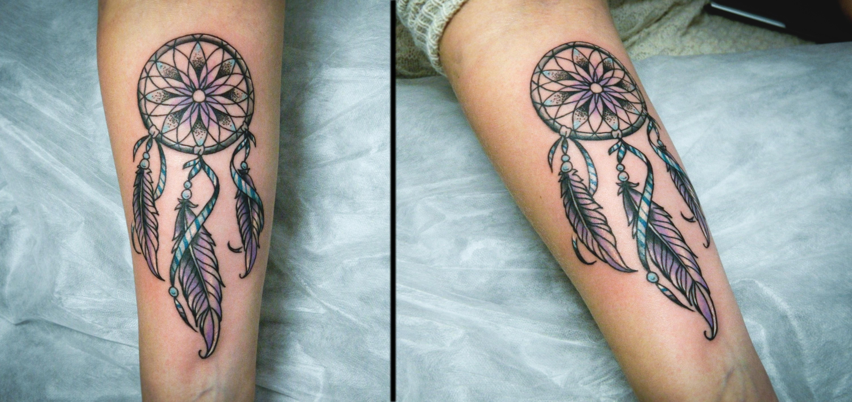 Художественная татуировка «Ловец снов». Выполнена мастером Денисом Марахиным. Расположение: предплечье. Время работы: 1,5 часа.