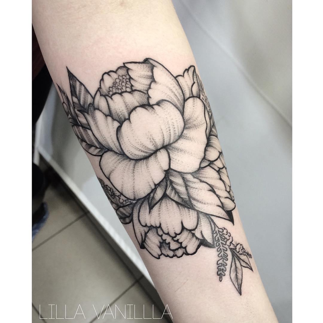 """Художественная татуировка """"Пион"""". Мастер- Лилия"""