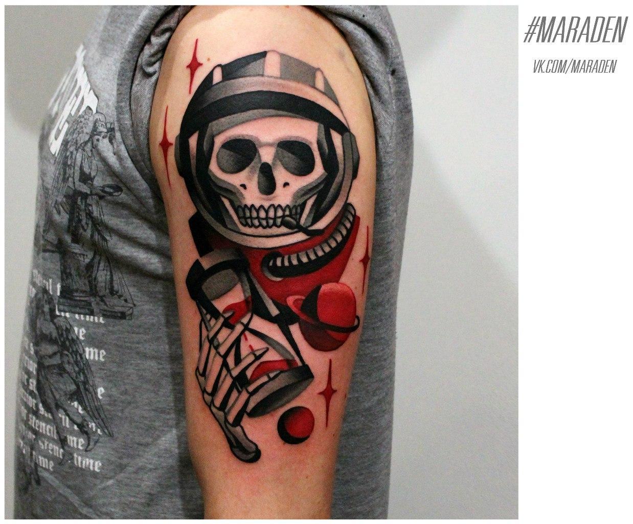 """Художественная татуировка """"Космонавт"""". Мастер - Денис Марахин"""