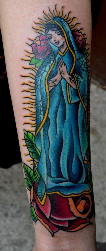 Татуировки с иконами - дева Мария