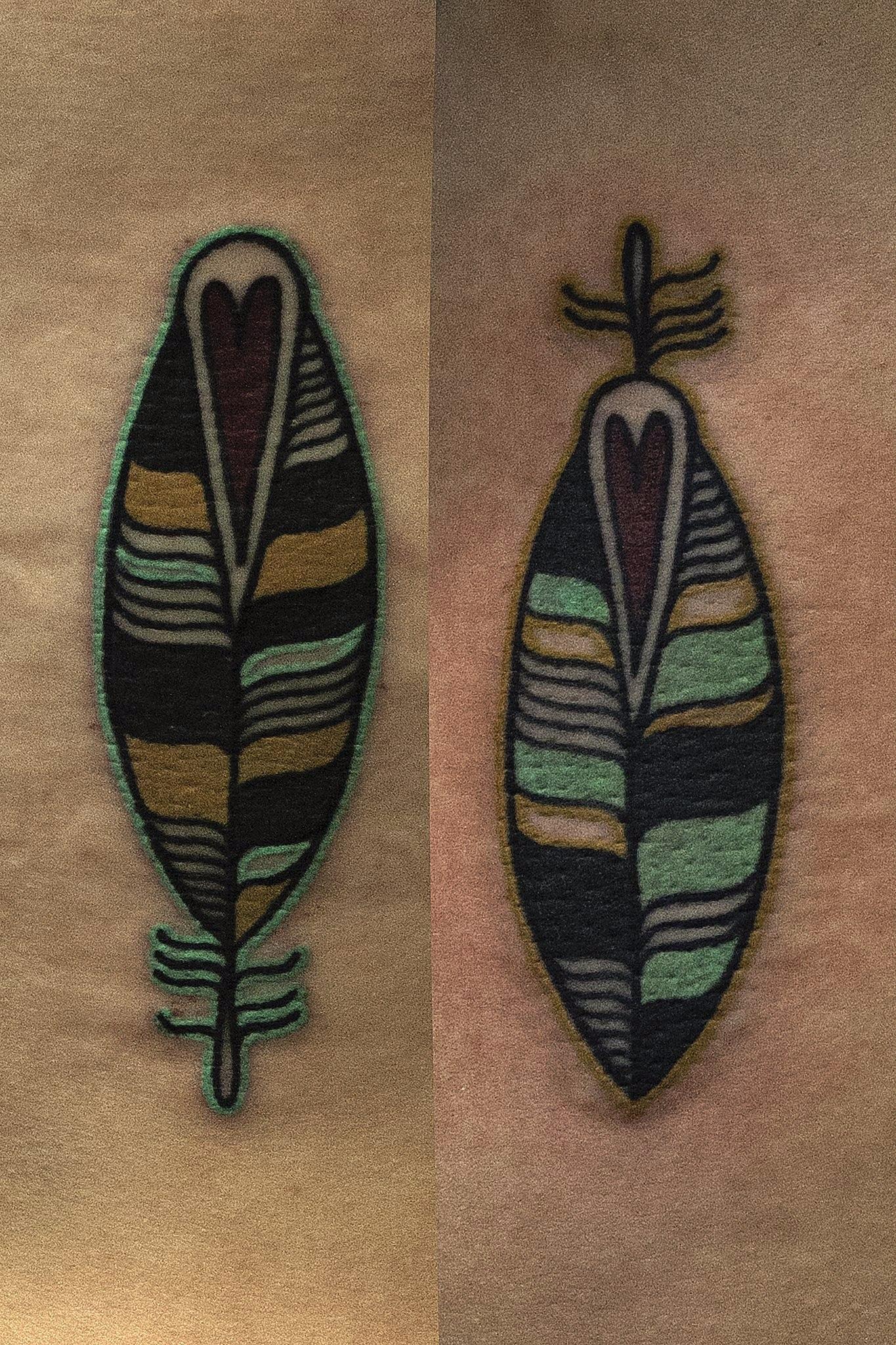 Художественная татуировка Перья