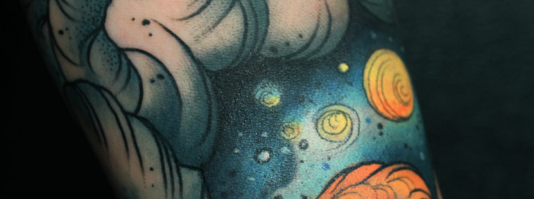 Художественная татуировка «спящая лиса» от Анны Корь