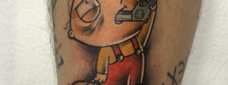 Художественная татуировка «Стьюи Гриффин». Мастер- Ил Берёза