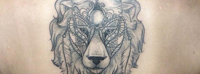 Художественная татуировка «Лев». Мастер Лилия.