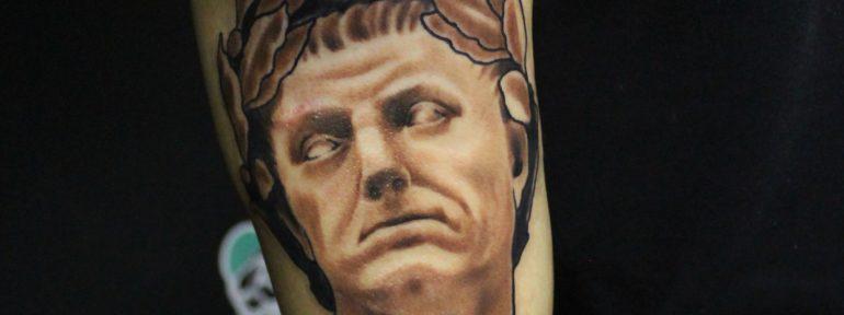 Художественная татуировка «Портрет». Мастер Дима Поликарпов