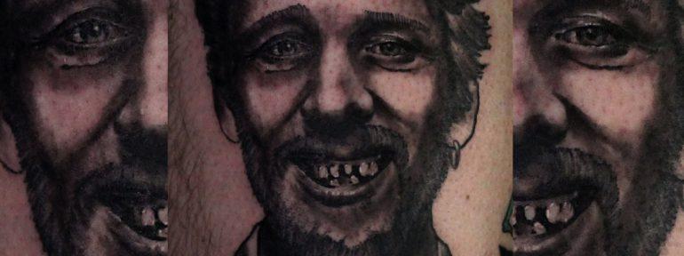 Художественная татуировка «Шейн Макгован». Мастер Дима Поликарпов