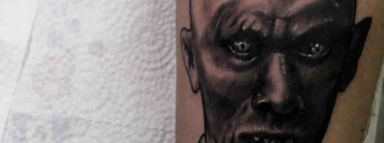 Художественная татуировка «Дракула». Мастер Дима Поликарпов