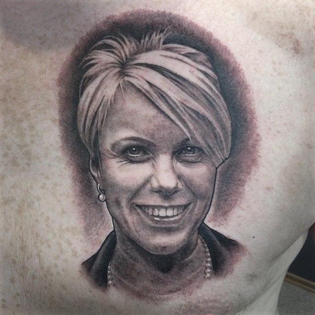 Художественная татуировка Портрет жены