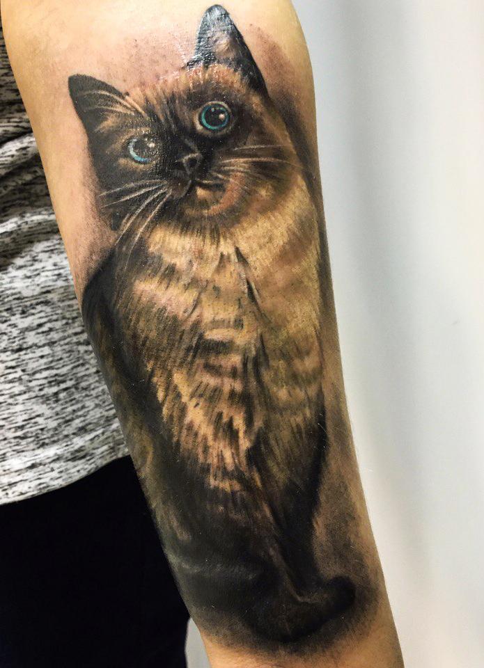 """Татуировка """"Кошка"""". Мастер Павел Бормотов"""