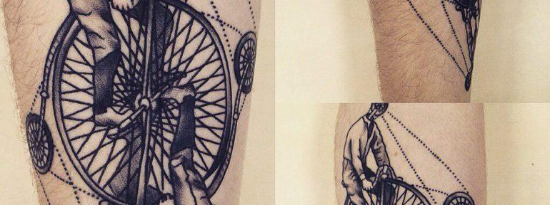 Татуировка «Моноцикл». Мастер Павел Бормотов.