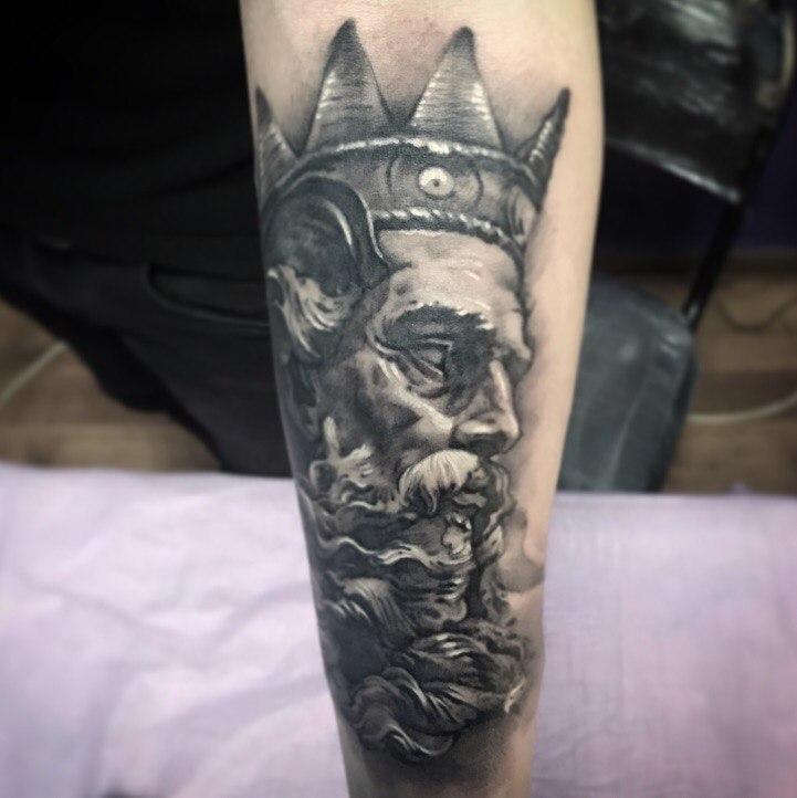 Художественная татуировка «Посейдон». Мастер- Вася Эверест.